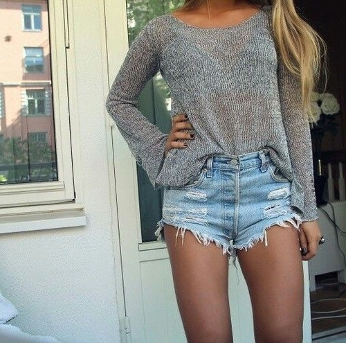 High waisted shorts outfit ideas