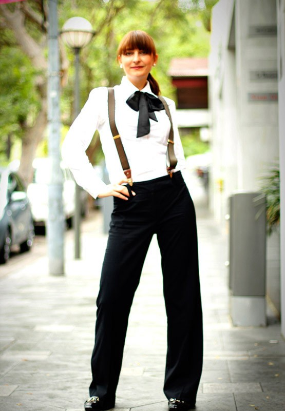 girls-style-bow-tie-business-shirt-fashion-jpg-555c397801~look-main-single